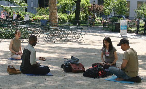 Meditando en Madison Square Park, Ciudad de Nueva York