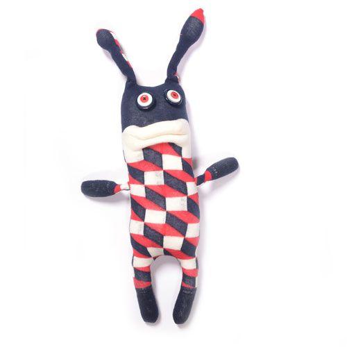 http://www.sockstar-monster.com by Clarissa Schwarz #sockstarmonster #sofamonster #sockenmonster #socken #socks #monster #stgallen #sanktgallen #geschenk #geschenktipp #geburtstag #plüschtier #shopping #onlineshopping #zürich #basel #bern #luzern #paris #madrid #mailand #london #newyork #hamburg #berlin #barcelona #rotterdam #amsterdam #stockholm #handmade