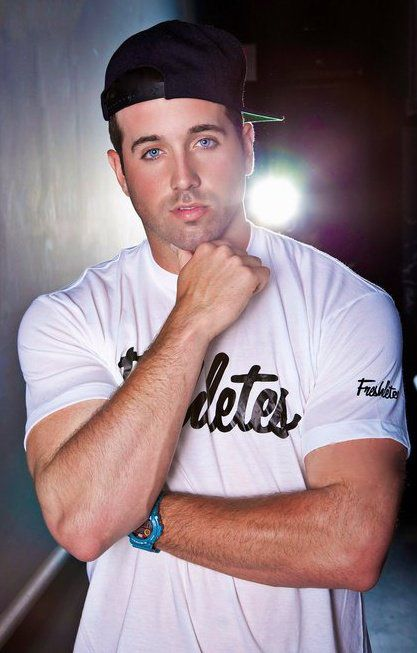 homie Mike Stud. My fav rapper and lovely lookin as well <3