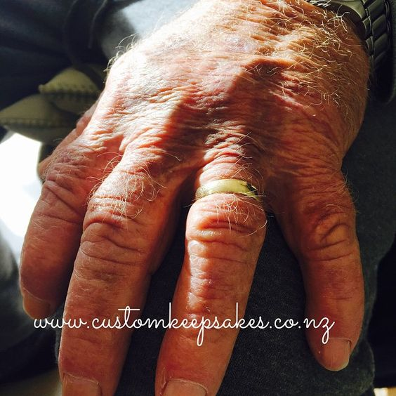 I am thankful to have taken my dads fingerprints yesterday as it is becoming a reality that these hands wont be with us forever....... If you would like to capture someones fingerprints in fine silver forever and would like some more info click on the link in my bio @customkeepsakesnz #customkeepsakesnz #fingerprints #finesilver #pmc #forever #keepsakes #keepsakesnz #BestofAuckland #nnzbg #thehivenz #gatherednz #craftnz