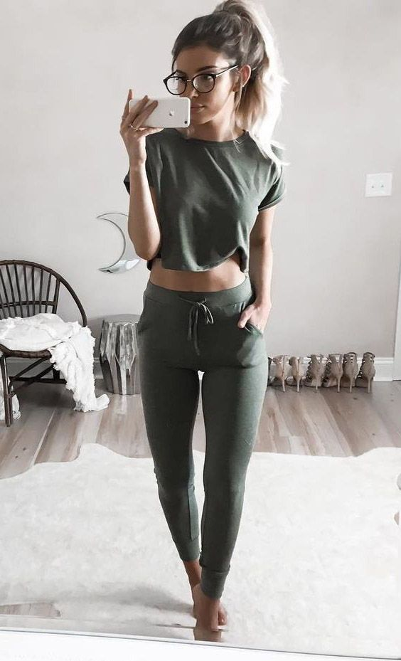 Casual Leggings Outfits Ideas 73 Pins In 2020 Athleisure Outfits Fashion Leggings Outfit Casual