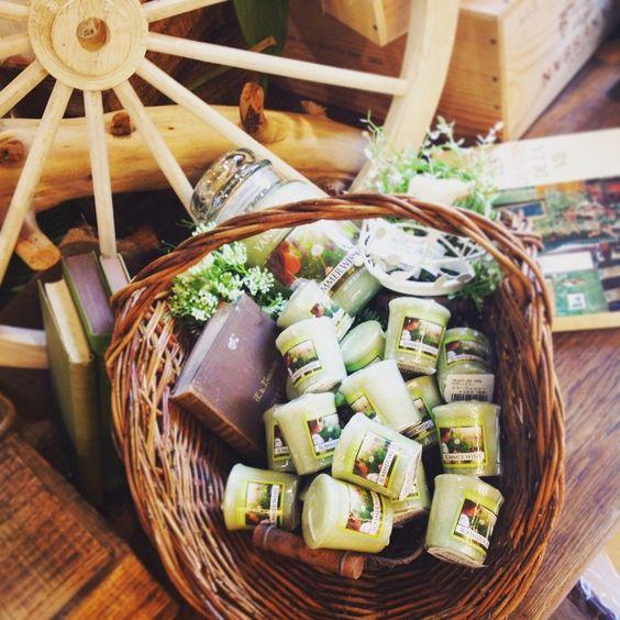 新しい香りが続々入荷中! #kameyamacandlehouse#カメヤマキャンドルハウス#CHA#青山#yankeecandle#ヤンキーキャンドル#candle#キャンドル#アロマキャンドル#new#summer#wish#香り#癒し#爽やか#洋書#梅雨#流木#drifwood#green#gift#happy#バスケット#カゴ#雑貨#glamping#alfresco