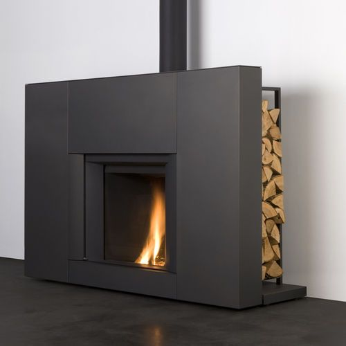 Stûv µM (Micro Mega)     Contemporary built-in fireplace (closed hearth)