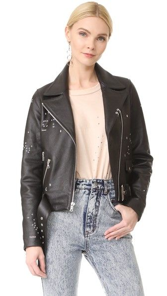 ¡Consigue este tipo de chaqueta de cuero de Sandy Liang ahora! Haz clic para ver los detalles. Envíos gratis a toda España. Sandy Liang Astro Delancey: A scattered pattern of astrological constellations accent this pebbled leather Sandy Liang moto jacket. Zips secure the placket, pockets, and cuffs. Optional belt. Quilted lining. Fabric: Leather. Shell: 100% cowhide. Lining: 100% polyester. Leather clean. Imported, Turkey. Measurements Length: 21.75in / 55cm, from shoulder Measurements fro...