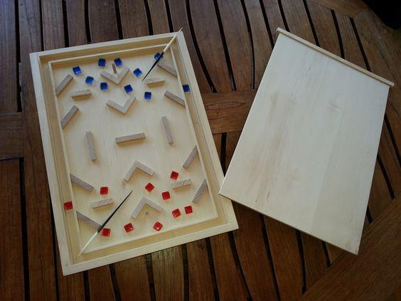 Le Salon en version de luxe ;en bois de bouleau le jeu est fabriqué par un artisan Français , aiguilles de porcs épics. Toutes les infos sur le site http://billardsvauban.com