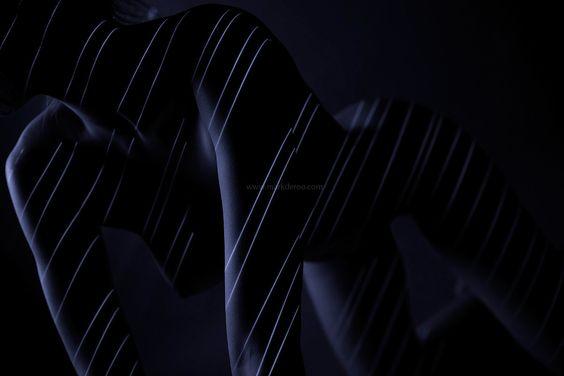 Mark de Roo photoshoot - Stripes - Curves on curves