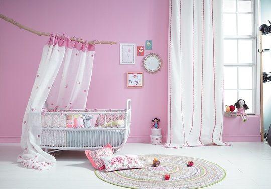 Habitacion bebe http://www.mamidecora.com/textil-infantil-summer-camp-camengo.html