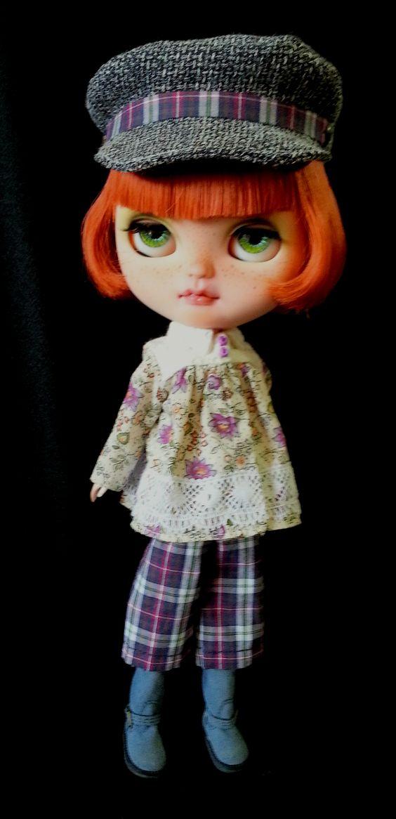 Primeira custom de minha autoria em Icy Doll. Custom e Outfit feitos por mim. Dono: Olintho Malaquias