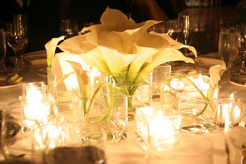 Calla lily centerpiece with all the candles :)