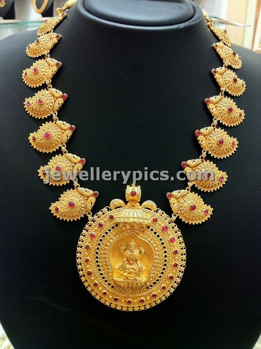 Temple Necklace with Pamasana Lakshmi mango design - Latest Jewellery Designs