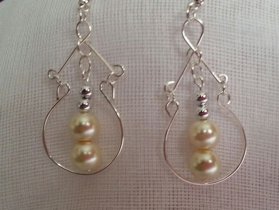 pearldrop earrings £3.00