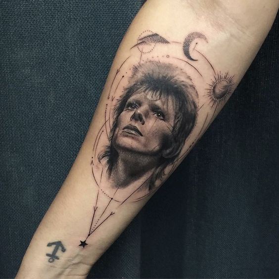 David Bowie tribute tattoo - I don't think I would ever get something like this, but it is a really good tattoo