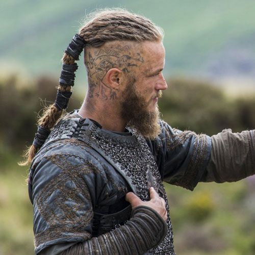 The Best Ragnar Lothbrok Hairstyles Haircuts 2020 Guide Viking Hair Viking Hairstyles Male Man Ponytail