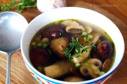 Goed Gevulde Paddestoelensoep Focus On Foodies Recept Voedsel Ideeen Voorgerechten Foodies