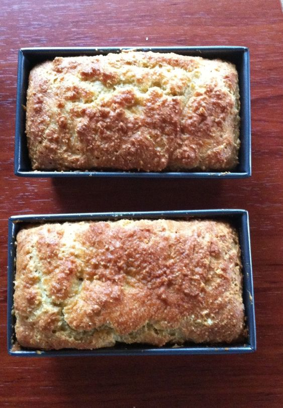 Low Carb Almond Bread Recipe - Jorge Cruise   3.5 cups Almond flour  1/4 cup melted butter  3 eggs  1 tsp. baking soda  1/4 tsp. salt  1 cup yogurt   Mix well. Spray pan with baking spray.   Put into loaf pan, bake at 350 degrees for 45 minutes.   ** I used greek yogurt and baked two mini loaves instead of one loaf. The mini loaves were done in 25 minutes.