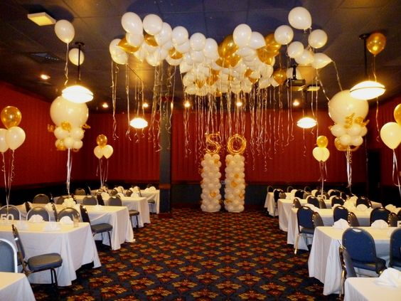 Anniversary balloon decoration centerpieces