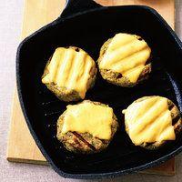 #meatlessmonday Vegetarian Chickpea Burgers