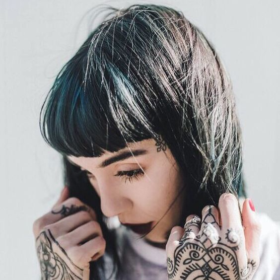 Black and Blue by Loren for Hannah Sykes: