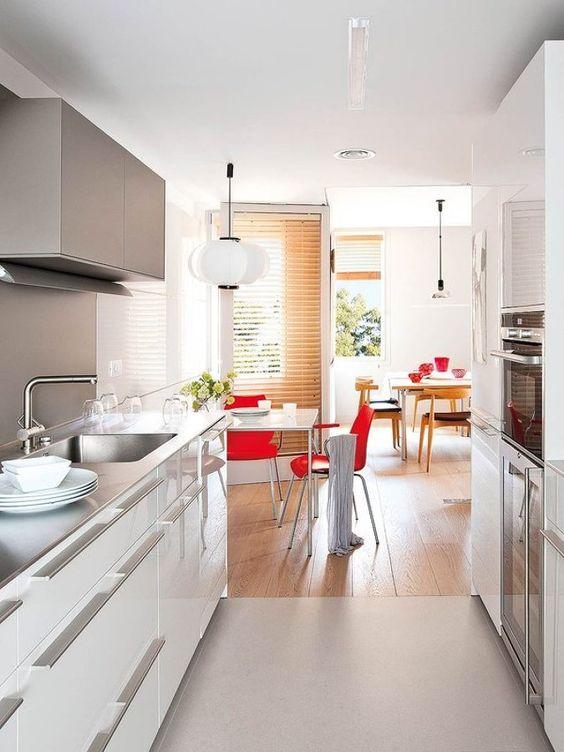 cocina de frenes palalelos cocina en forma de ele con barra cmo distribuir tu