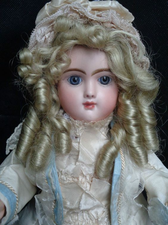 "JUMEAU EMILLE ANTIQUE BISQUE DOLL CLOSED MOUTH 1880s ORIGINAL DRESS 17.7"" TALL"