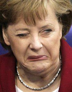 """Merkel fordert """"volle Härte"""" gegen Anti-Asyl-Demos...das Merkel wie es rautet und quiekt...sie verstößt mit aller Härte gegen UN-Menschenrechte und das geltende Asylgesetz...Merkel einmal mehr als Feind der Verfassung/GG..."""