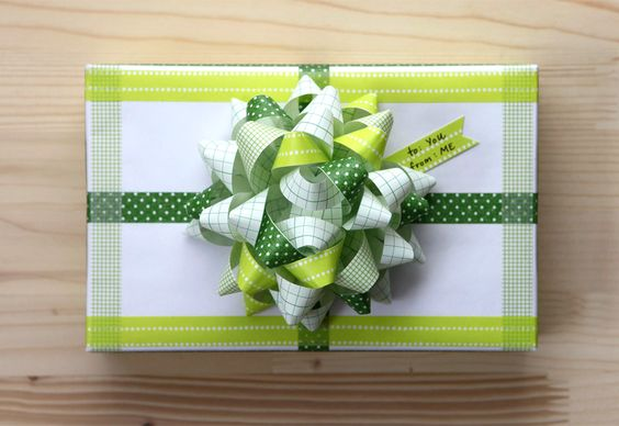 washi tape bow and gift wrap