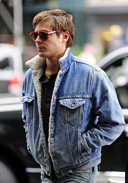 Zac Efron Sports Denim In Nyc Denim Jackets Style And Shearing