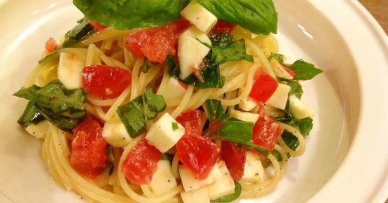 トマトとモッツアレラ冷製パスタカプレーゼ by あやまんくっきんぐ [クックパッド] 簡単おいしいみんなのレシピが245万品