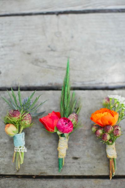these are so cute. i'd like a colored one for groom and light colors for groomsmen. they do not all need to be the same