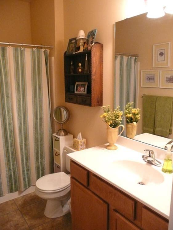 33 Charming Apartment Bathroom Decorating Ideas Bathroomdecorapartment Bathroom Decor Apartment Elegant Bathroom Decor Bathroom Decor
