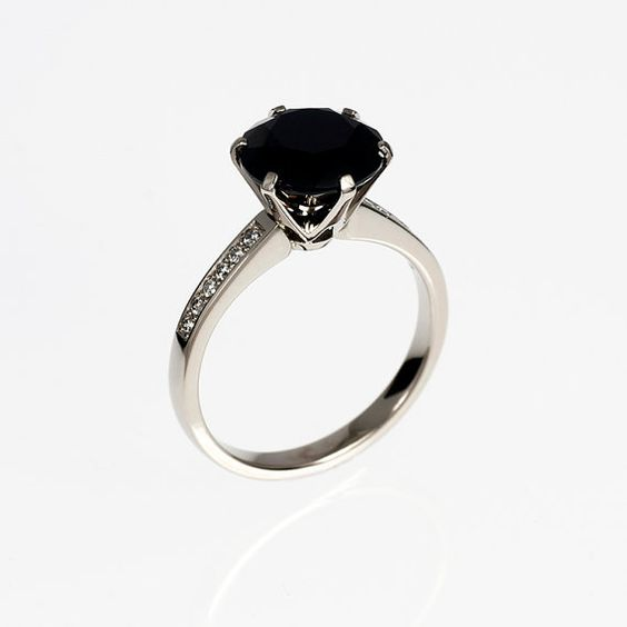 10.mm Black Spinel ring engagement ring by TorkkeliJewellery