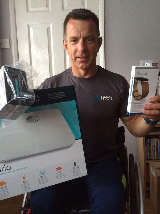Ian Marsden @IanMarsdenGB   Thank you @FitbitUK for the new goodies which will help towards training for Rio Paralympics🇬🇧🇬🇧