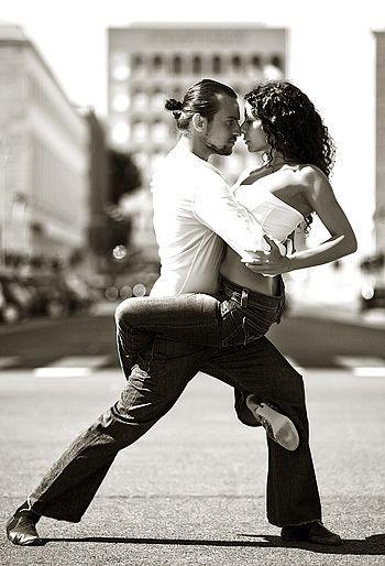 Tango Dance of Passion. Tem uma coisa mais linda que dançar junto com a sua alma gêmea?