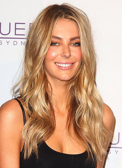 Jennifer Hawkins' perfect beach waves