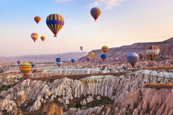 Viaje en Globo: Los Mejores Lugares del Mundo para Volar en Globo http://www.mindfultravelbysara.com/2015/07/viaje-en-globo-mejores-lugares-del-mundo-para-volar-en-globo.html