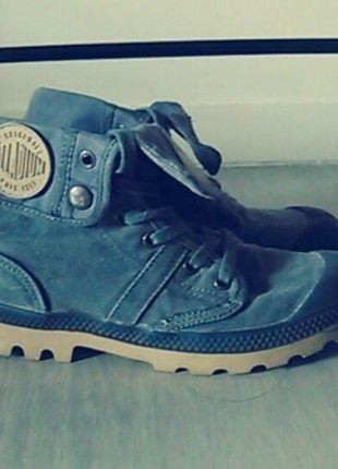 A vendre sur #vintedfrance ! http://www.vinted.fr/chaussures-femmes/baskets/16202876-chaussures-palladium-montantes-bleu-clair
