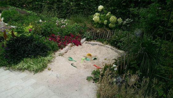 Gärten für Kinder › Zinsser Gartengestaltung, Schwimmteiche und Swimmingpools