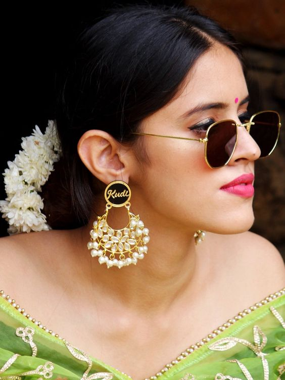 Kudi Pataka Kundan Earrings