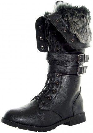 Botas para invierno, encuentra más estilos de estas botas aquí...http://www.1001consejos.com/botas-estilo-militar/