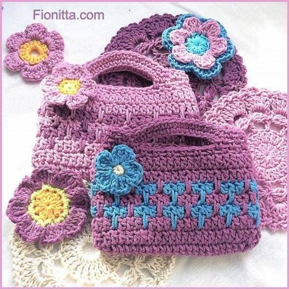 Tejido crochet and tutorials on pinterest - Bolsos tejidos a crochet ...