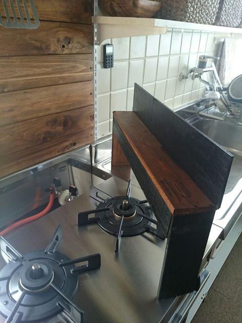 コンロの隙間のイライラはdiyで解決 我が家のコンロ側収納等 Base Of The Life 暮らしの拠点 コンロ周り 収納 小さなアパートのキッチン キッチン リフォーム Diy