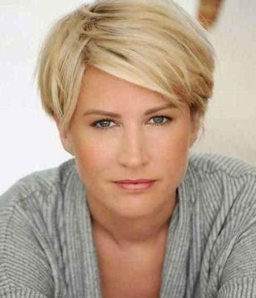 30 Best Short Haircuts For Women Over 40 Short Thin Hair