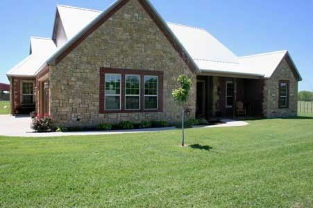 Best Light Stone Brick With Metal Roof Dream Home Pinterest Bricks Stones And Lights 400 x 300