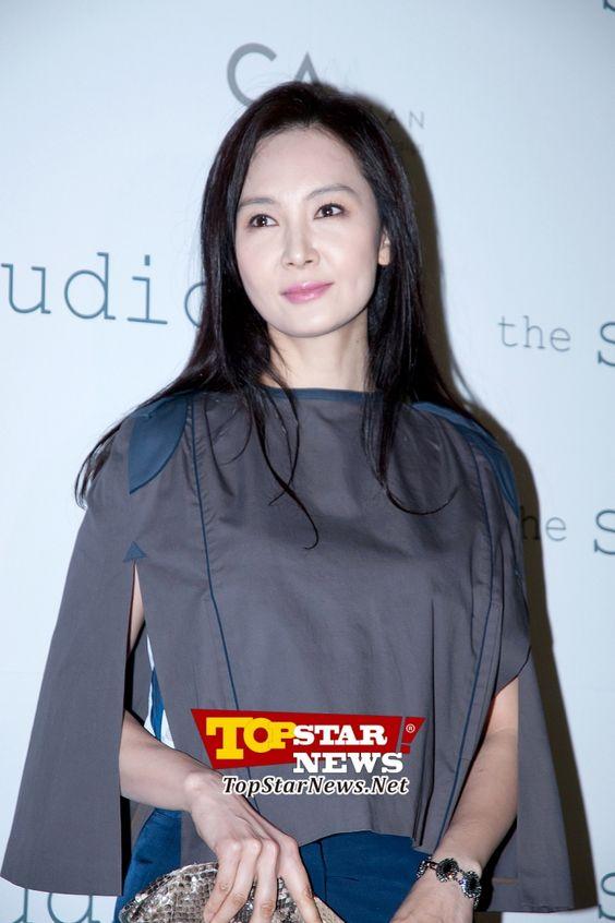 채시라, '원조 여신님의 등장' …서울 패션 위크 F/W 2012-2013 행사 현장