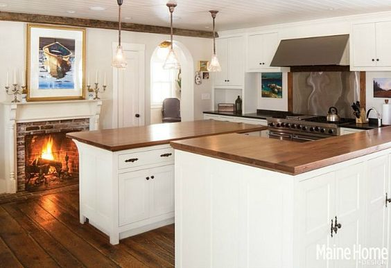 A Classic White New England Farmhouse In Maine Blue Kitchen Designs Kitchen Remodeling And