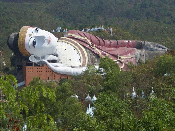 moulmein buddha win sein taw y kyaung