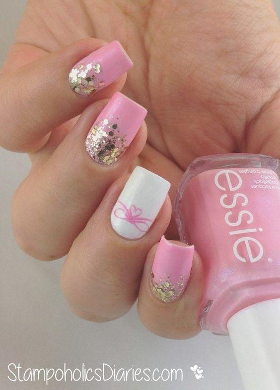 Pink and white nails. Glitter and lace Nail art. Nail design. Love. Romantic. Unhas rosas. Essie Polish. Polishes.