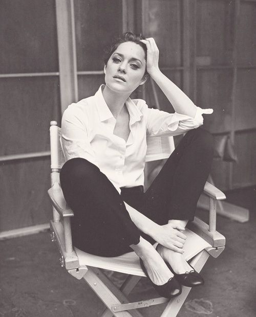 Marion Cotillard, one of our favorite style icons, in her perfect #whiteshirt love her