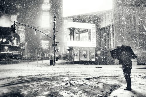 The Snowstorm of the decade going on in NYC, photo by Vivienne Gucwa ! Blizzard of 2015 !