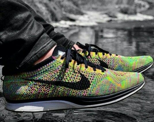 Nike Flyknit multicolor Finish Line exclusive